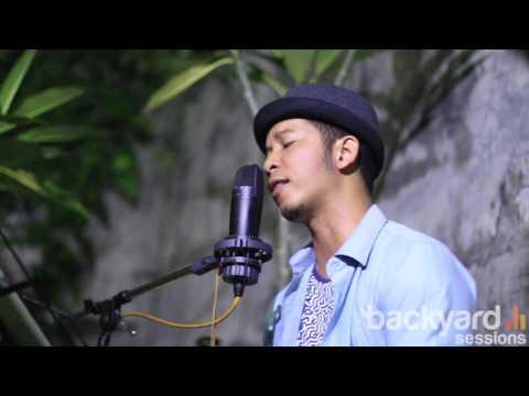 Keabadian - Dinno Alshan (Reza Artamevia cover) // EXI Bacyard Sessions