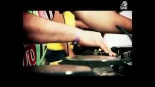Vamos A La Playa 2013 by Chris Excess ( Jason Parker Remix )