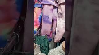 Видео Оптовый рынок «Дордой». Детская одежда. Сезон: осень 2021. Пошив Кыргызстан.и распродажа(Турция.)