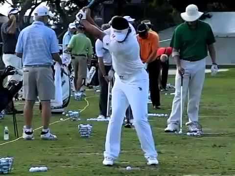 ゴルフ スイング 動画 スロー