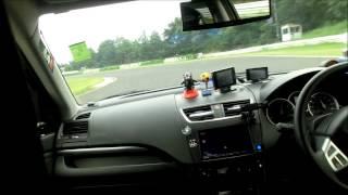 Repeat youtube video 仙台ハイランド初走行で初クラッシュ!