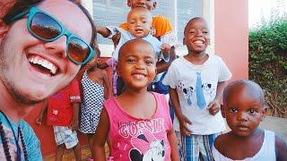REGALARE UN SORRISO • In Kenya con gli Iscritti Ep.3 [Orfanotrofio di Malindi - Kenya]