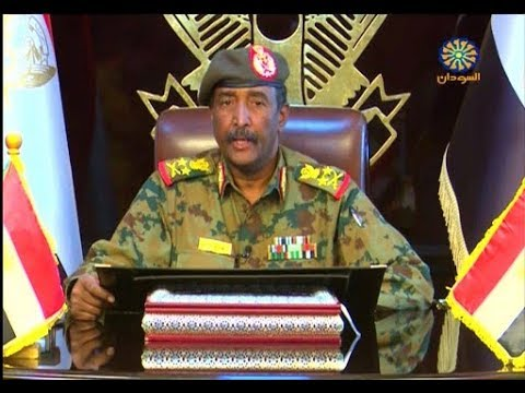 رئيس المجلس العسكري الانتقالي السوداني يجري مباحثات مع السيسي في القاهرة  - نشر قبل 2 ساعة