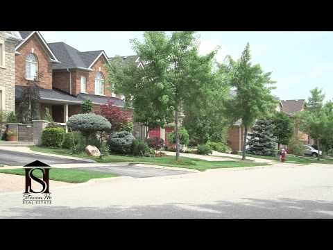 Mississauga Neighbourhood Tour of Central Erin Mills; Amenit