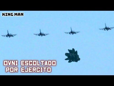 OVNI de Reptilianos o Draconianos escoltado por aviones Rusos