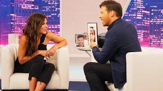 Harry Connick Jr Surprises Sandra Bullock!
