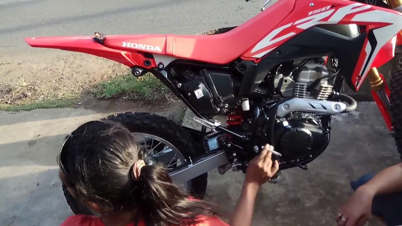 Ngetes Crf 150 L Pakai Knalpot Racing Nurifumi Rv 1 Youtube