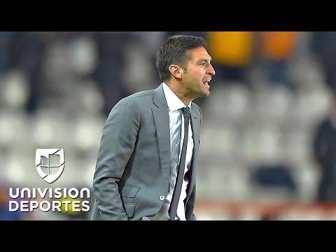 """Diego Alonso sobre el 'Tuca' Ferretti: """"Es el mejor técnico de la Liga MX"""""""