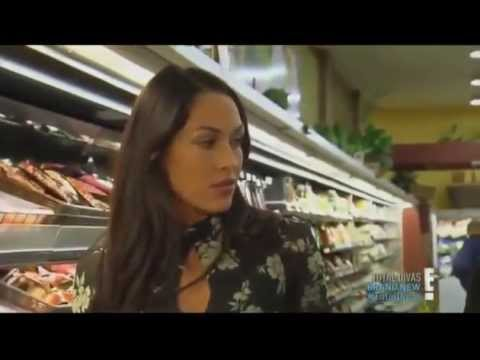 Brie And Nikki In A Supermarket