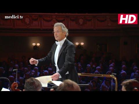 Johann Strauss II: Die Fledermaus - Overture