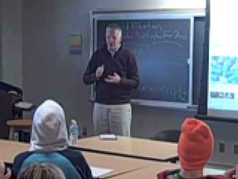 MASS MEDIA: Burlington Free Press Publisher Brad Robertson Visits Champlain College.