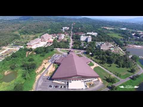 พิธีซ้อมรับพระราชทานปริญญาบัตร มหาวิทยาลัยราชภัฏเชียงราย 2558 ( มุมสูง )