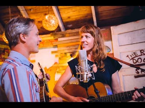 Caleb Klauder & Reeb Willms - Lonesome Song - Pumphouse Sessions @Pickathon 2016 S03E05