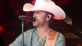 Justin Moore Flyin Down A Back Road Live at Riverwind Casino Norman, Ok 7-6-13