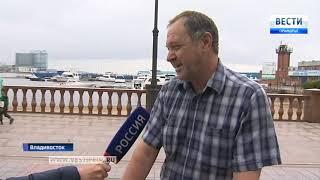 Жители Владивостока высказались насчет  разрушенных ограждений на Спортивной набережной