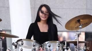 南韓女鼓神