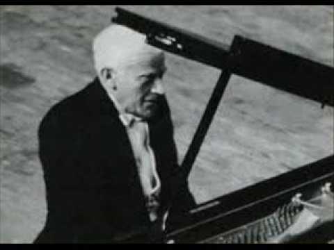 Vlado Perlemuter plays Mozart Sonata in  B flat major K 570