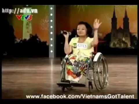 Cô bé xương thủy tinh Vietnam