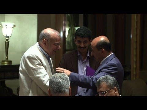 Palestinian factions begin key Cairo talks