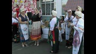 День семьи в курском селе Званное отметили по старинным обычаям
