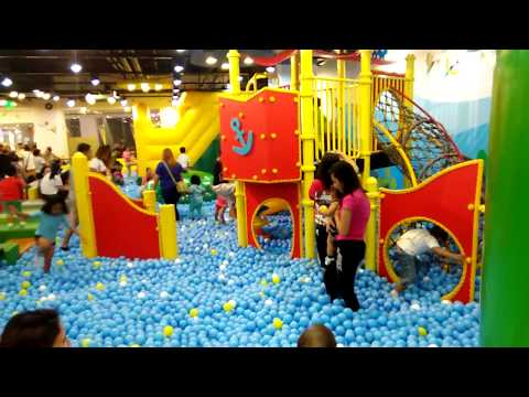 KIDZOONA PHILIPPINES  I  INDOOR PLAYGROUND FUN for kids  pit balls and slides by John's Play World
