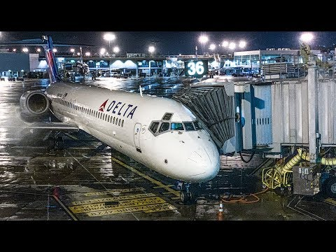 A wet & wild 109-mile (175km) ride on a Delta Air Lines 717-200