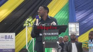 """RC Makonda amuashia moto DC wake """"Tarehe 24 mtatafuta pakujifichia"""""""