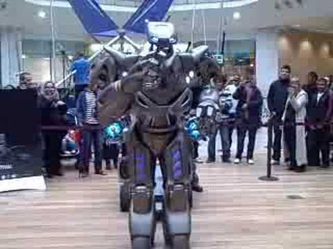 Titan the Robot in Birmingham Bullring - The Birmingham Post
