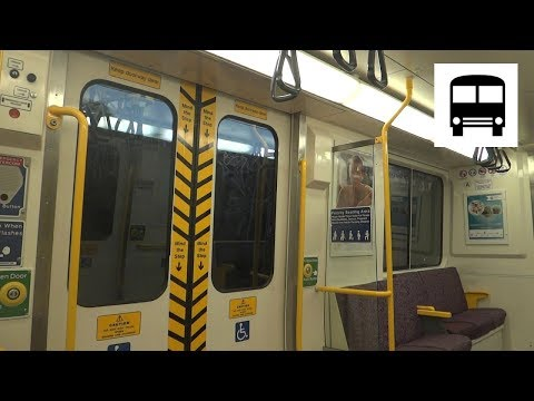 Queensland Rail SMU 220 series - Fairfield to Dutton Park (Beenleigh Line)