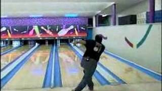 Bowling Lessons for Beginners : The Basics of Bowling