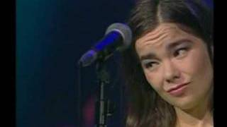 Bjork Anchor Song live