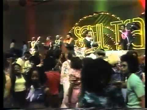 Kool & The Gang - Hollywood Swinging (Soul Train 1974)
