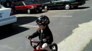 3 year old riding bike no training wheels