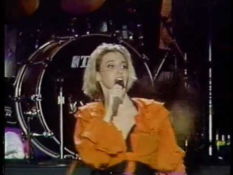 [HQ] Debbie Gibson - Anything Is Possible - Rock in Rio II 1991