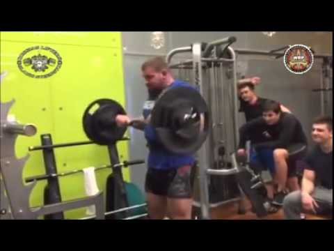 Кирилл Сарычев,  подъём штанги на бицепс - 120 кг на 8 раз!