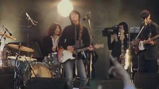 2006年、日比谷野音にて。本当に楽しそうなライブです。 まだまだこれか...