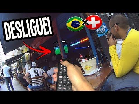 DESLIGANDO A TV DO BAR NA HORA DO JOGO DO BRASIL NA COPA!