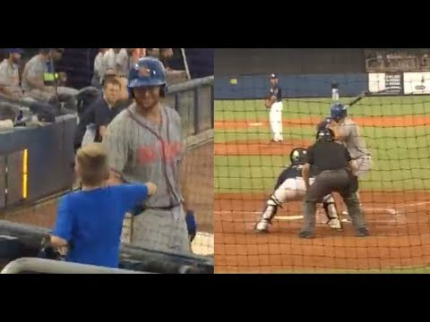 Tim Tebow Leaves On-Deck Circle To Greet Autistic Fan, Steps To Plate & Hits 3-Run HR