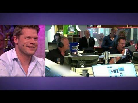 Hoogtepunt radiohuwelijk Coen & Sander: Geer & Goor maken studio Radio 538 onveilig - RTL LATE NIGHT