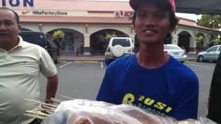 Ang galing mag english ni Manong.