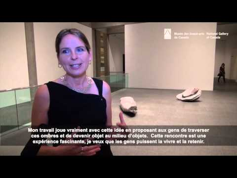 Des artistes parlent de Surgir de l'ombre. La biennale canadienne 2014