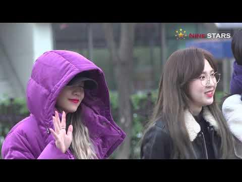 레드벨벳 (Red Velvet) @ 181214 KBS 뮤직뱅크 출근길