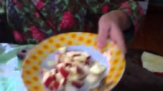 банан, яблоко, варенье -салат