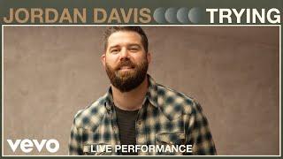 Смотреть клип Jordan Davis - Trying
