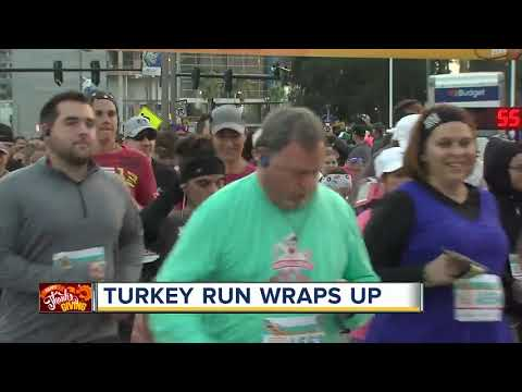 Thousands run in Goody Goody Turkey Gobble race in Tampa on Thanksgiving Day