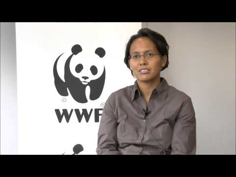 """Turning grandmothers into solar engineers"" - Voahirana Randriambola (WWF Madagascar)"