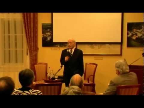 """""""Pályám emlékezete"""" - Beszélgetés Dr. Kertai Pál professor emeritus-szal"""