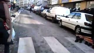 اعظم مشهد ستراة عيناك في شوارع فرنسا islam in France