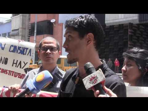 César Romero frente a la Fiscalía General de la Nación, aporrea tvi, junio 2017