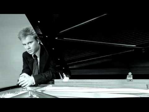 Andrej plays Grieg Piano Concerto in A minor, live from Rudolfinum, Prague 16.02.2005